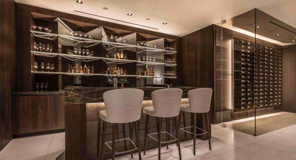 Luxury modern bar
