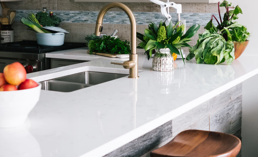 Neat kitchen counter