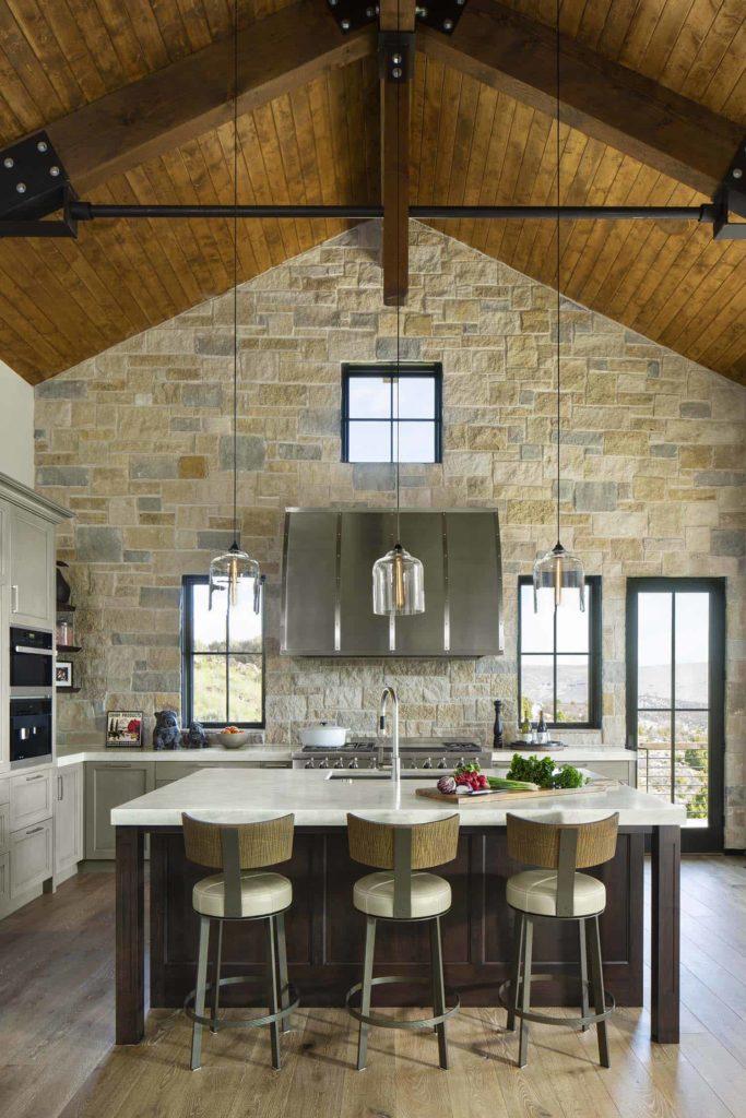 Mountain modern home studio